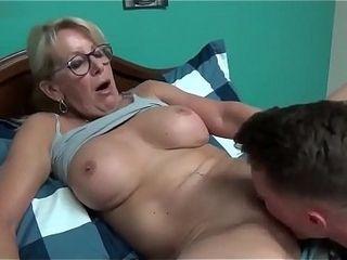 Sex granny mom Mature Sex