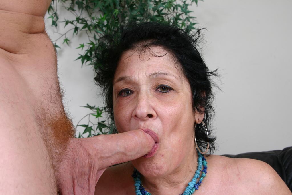 Chubby granny suck