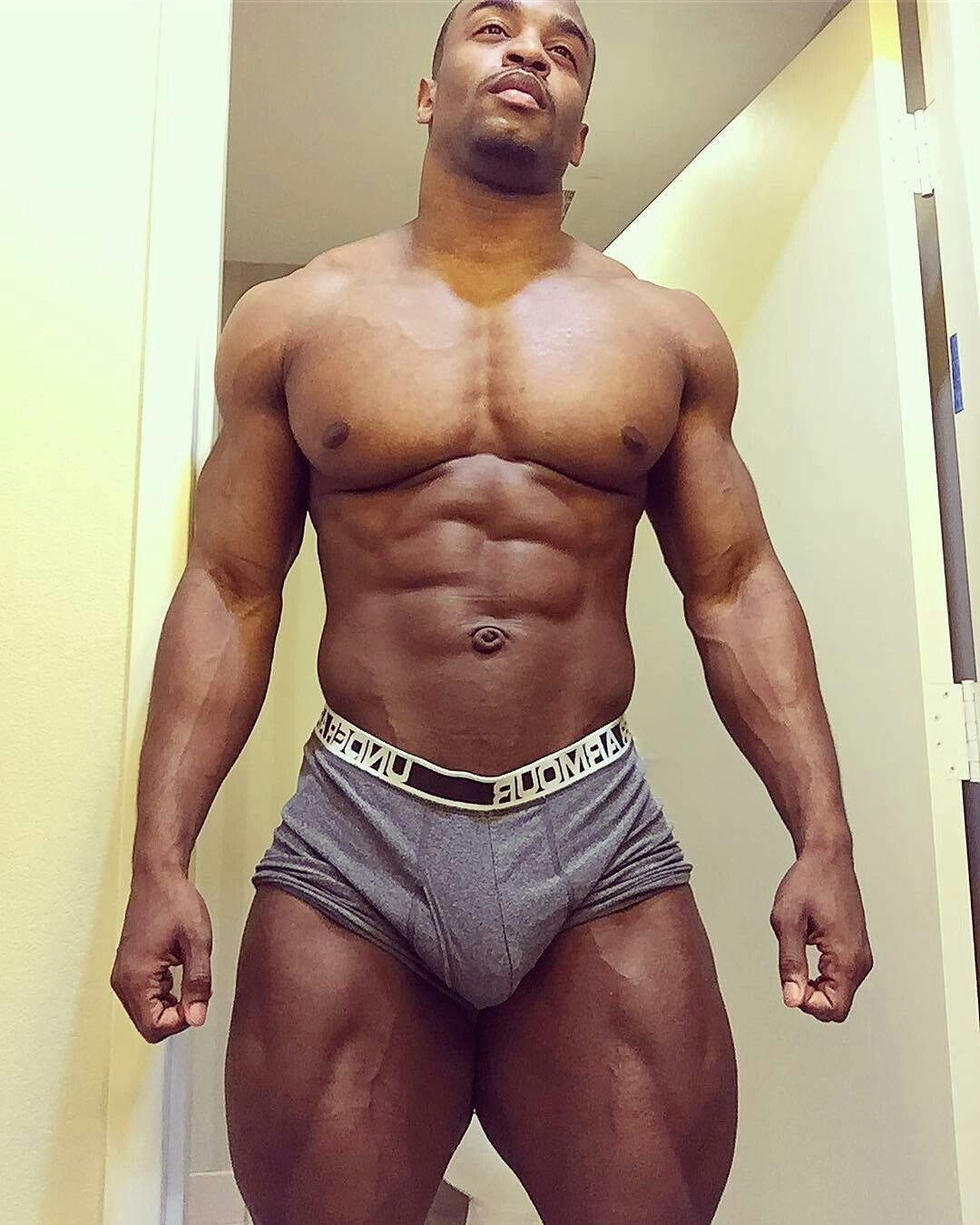 Nude plus sized penetration