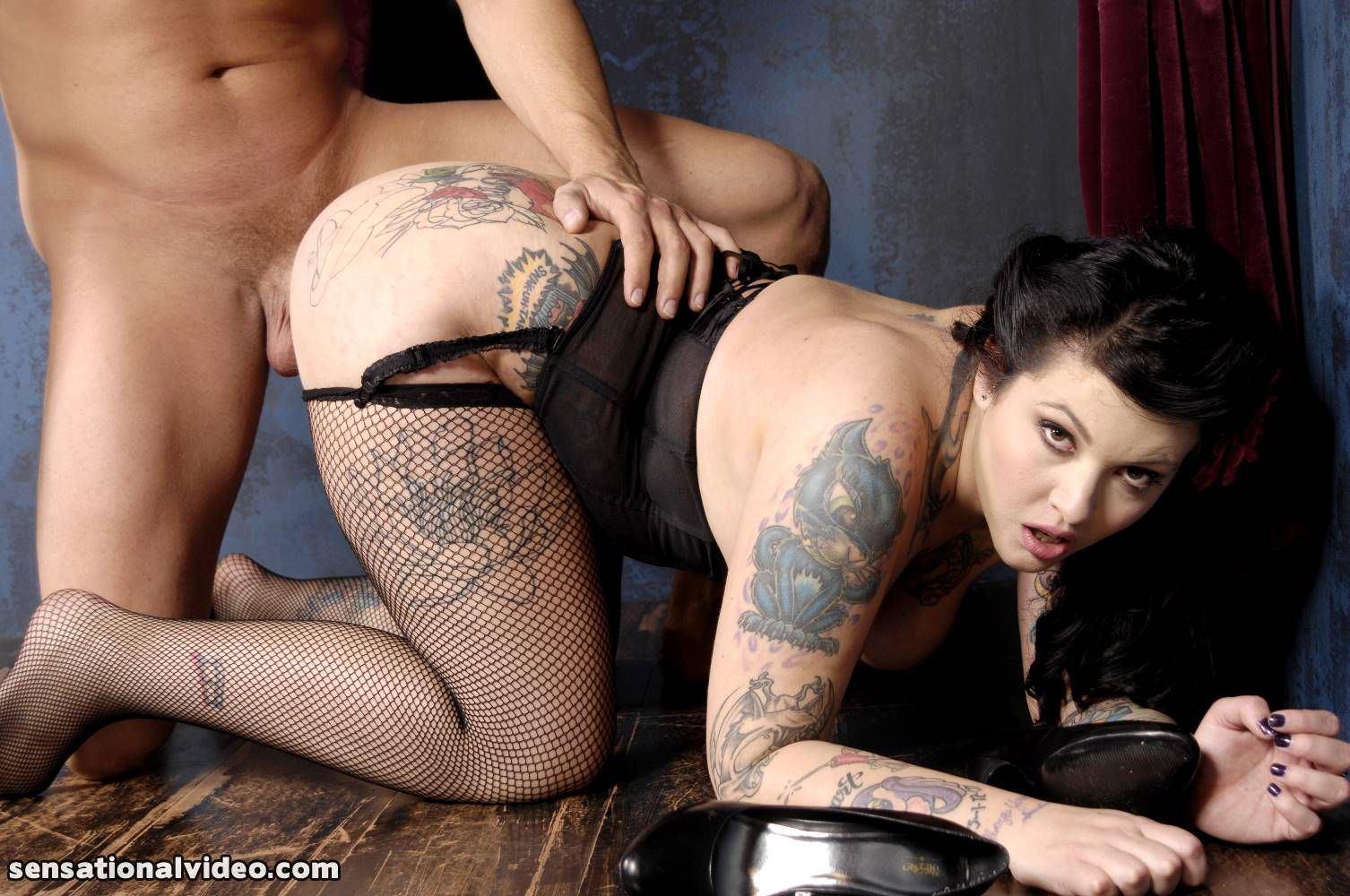 Lara dutta sexy photo free porn