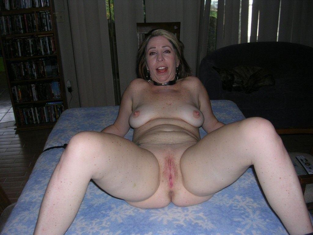 Austrian Amateur Porn amateur mature naked moms . 26 new sex pics.