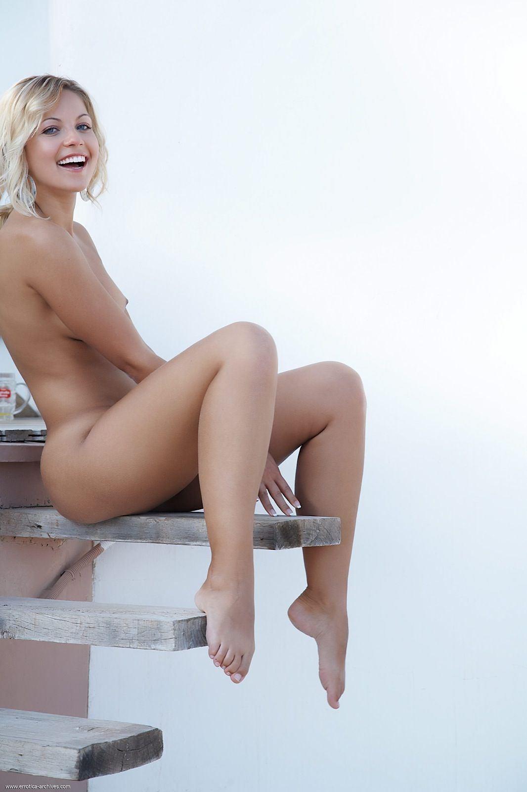 Gregg nude jenni Nude Jenni