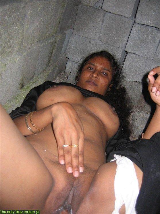 Sexy nude gujarati aunty