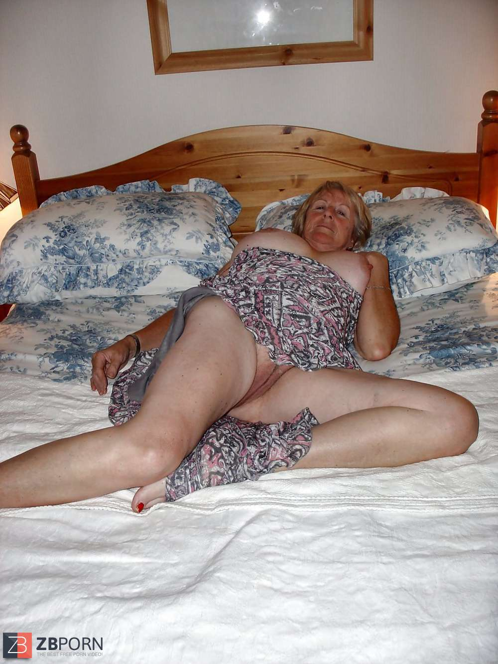 Granny Strumpfhosen Porn