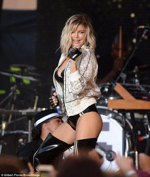fergie upskirt powered by phpbb