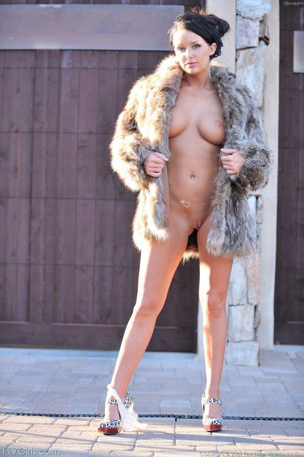 Sexy nude scissoring gifs