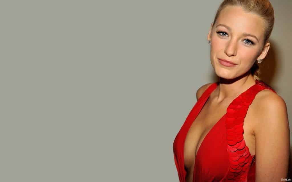 X-Tra recommendet Big blonde breasted breast implants