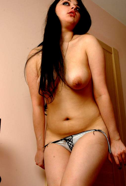 Arab girl naked