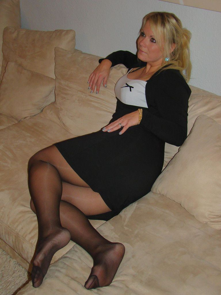 speaking, opinion, pantyhose up skirt moms necessary try all