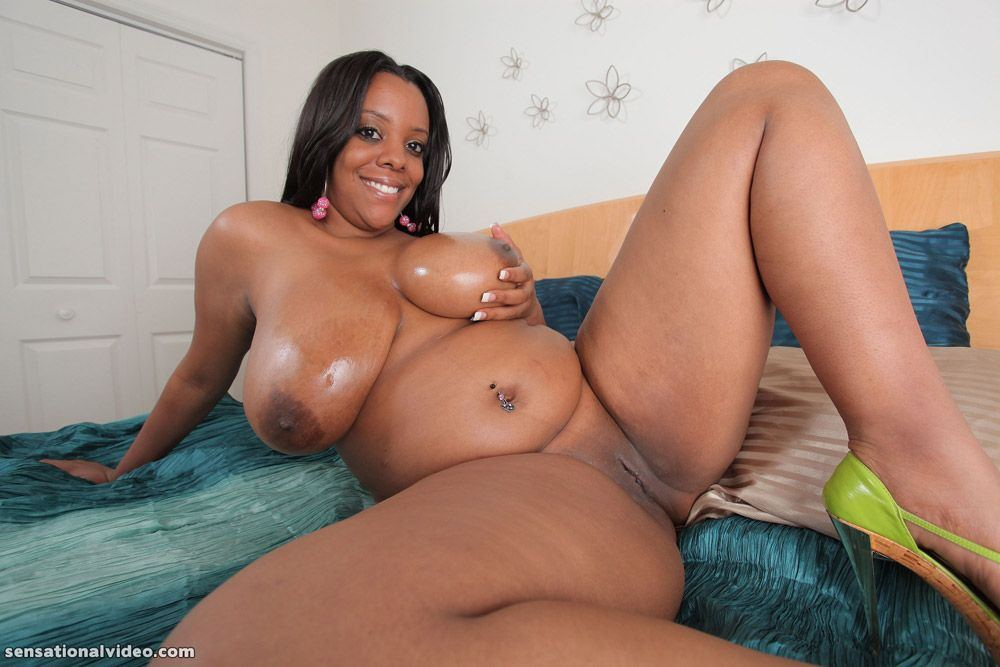 Sex gallaries ebony pussy show quite good
