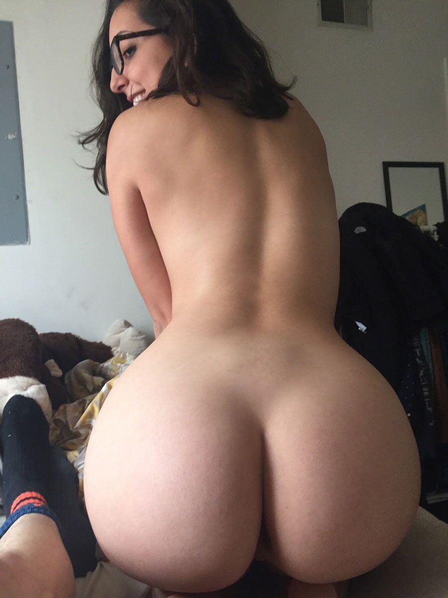 Free porn rub tug