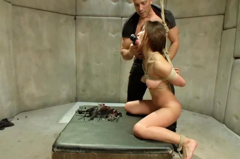 bondage slave getting fucked