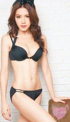 Chrissie Chow  nackt