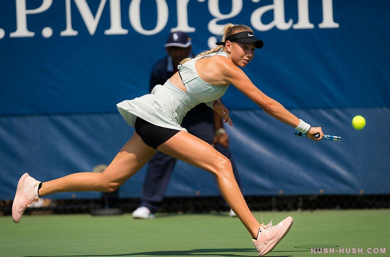 nackt tennis upskirts