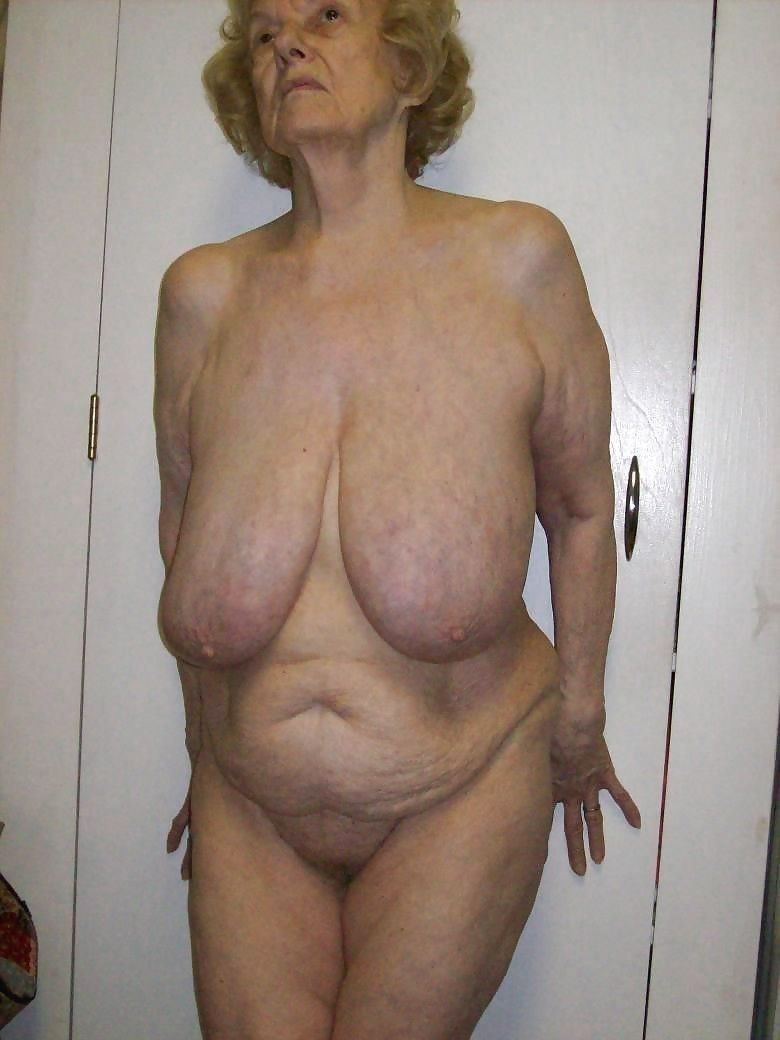 Older floppy tit mpegs nude fotos