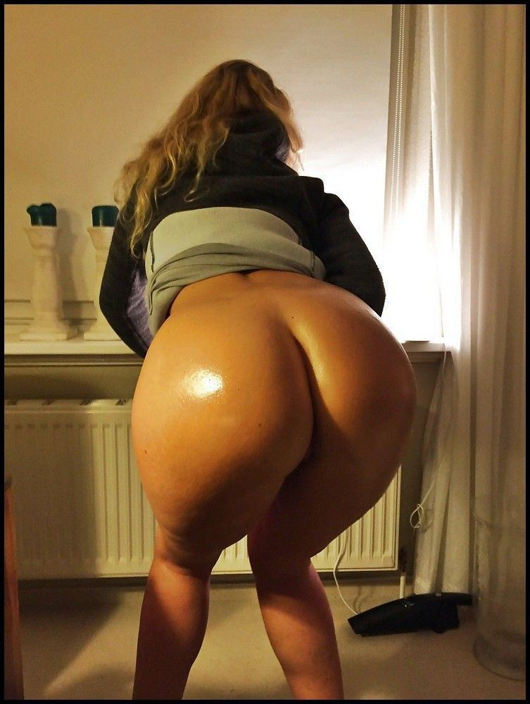 German hot ass nude Naked German Booty Pics Adult Gallery