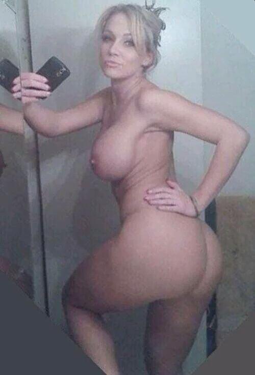 Thick blonde milf ass